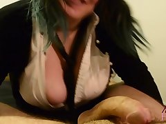 Schoolgirl gives step dad her first blowjob