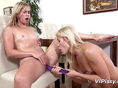 Slim blondes extract each other's pee financial stability by no manner of means dildo