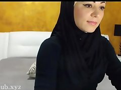 Arab hijab slut strip  &amp_ masturbation on cam