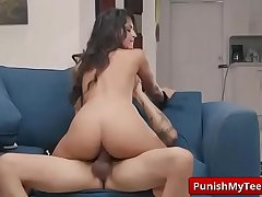 Submissived shows Bandits Of Bondage with Sophia Leone vid-04